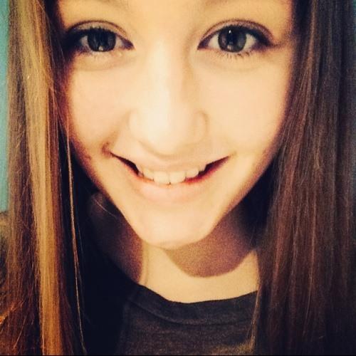 Maude Paquet x's avatar