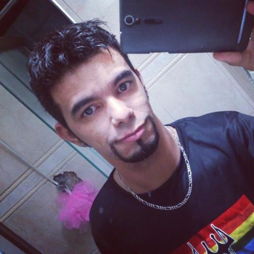 Eduardo Trindade 3's avatar