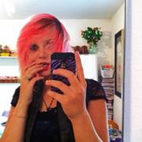 Veronicka McDaniel's avatar