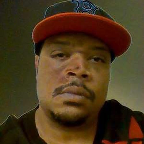 Robert White 15's avatar