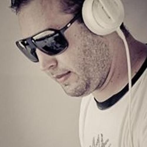RosseT's avatar