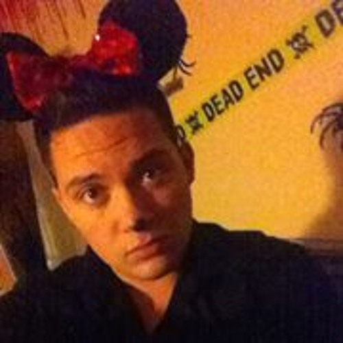 Chad Jacob Brandon Lowe's avatar