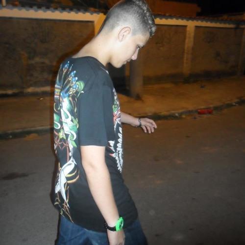 Gabrieel Santoos's avatar