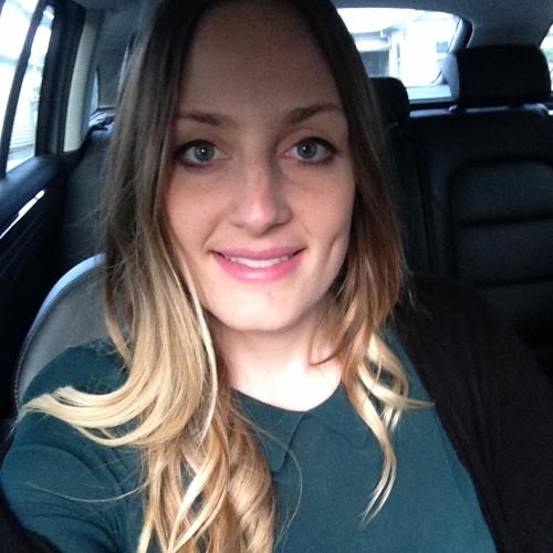 Kate Maxy's avatar