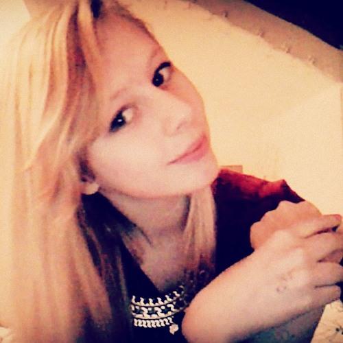 Laura Jane 22's avatar