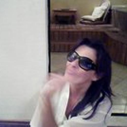 Elizabeth Schmidt 6's avatar