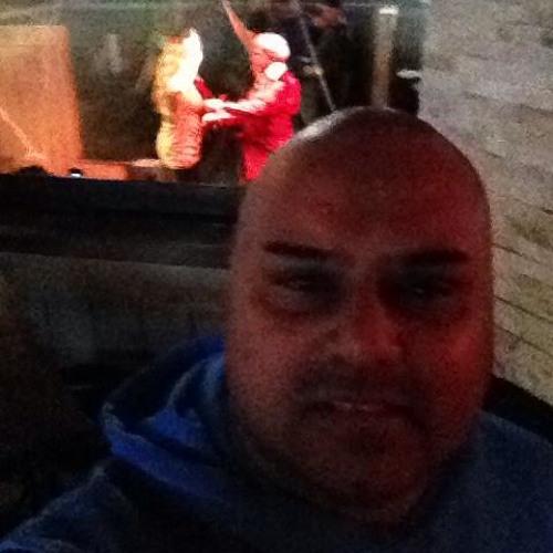 Ali Manji's avatar
