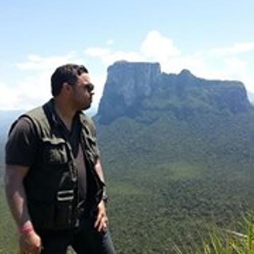 Rafael Vazquez 16's avatar