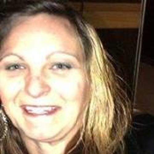 Mary Yaroscavitch's avatar