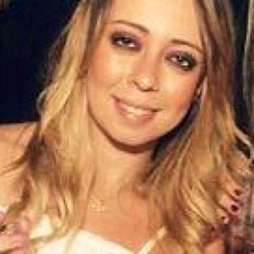 Jenny Almendros's avatar
