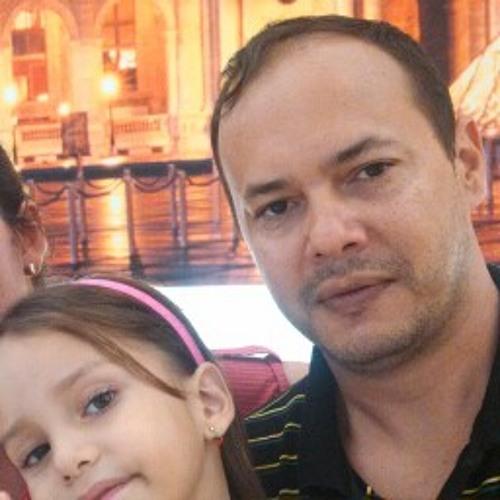 João de Deus Jr.'s avatar
