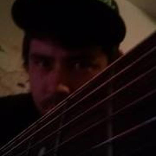 Kyle Paperr's avatar