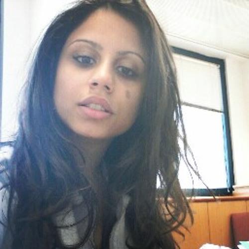 Rose Penhasi's avatar