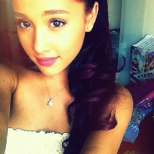 Ariana Grande      ***'s avatar