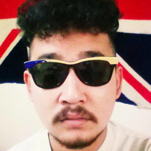 Fun Kung's avatar