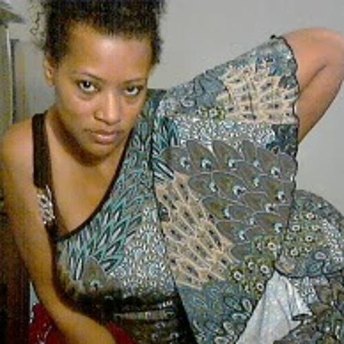 Terrie Best's avatar