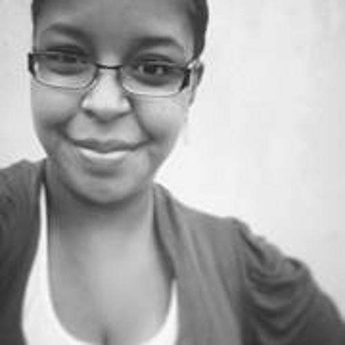 Isabela Dias 9's avatar