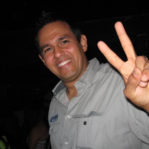 Andres Giovanni Vivas's avatar