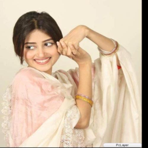 Hajra Ghori's avatar