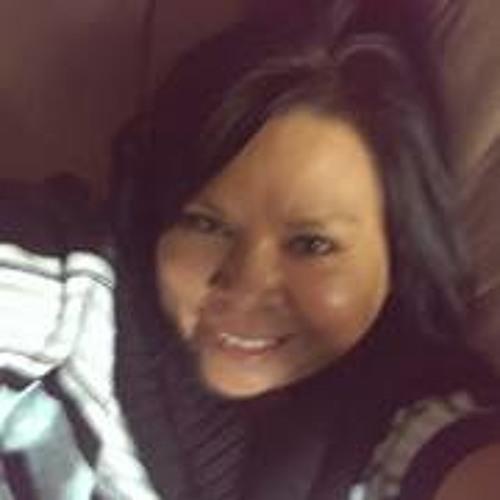 Ella Moetassem Oweis's avatar