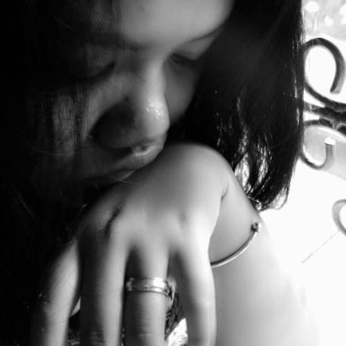 luluk apridilla's avatar