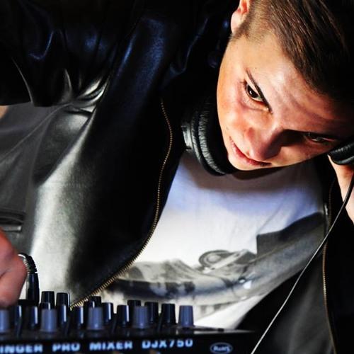IvanLux DJ's avatar