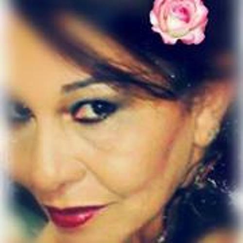Lucia Moreira Santos's avatar