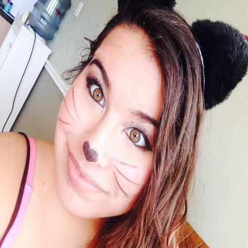 Claudia Alanis 1's avatar