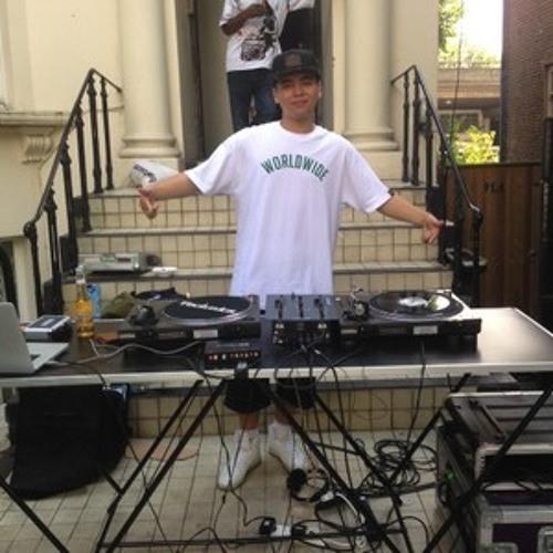 DJ Teddy's avatar