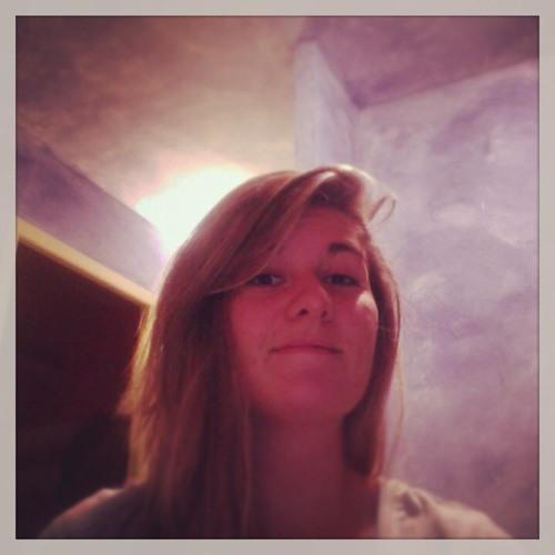 Laurie Leroy's avatar