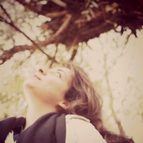 nazanin khandar's avatar