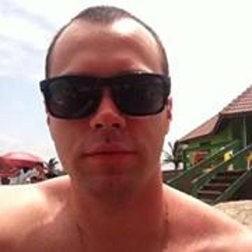 Leonardo Theon de Moraes's avatar