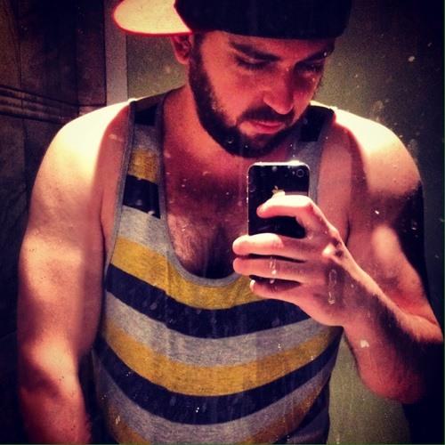 Carlos Alexander Ferreira's avatar