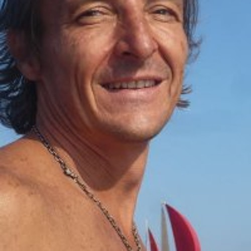 Julio Cesar Ayllon's avatar