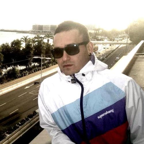 Maurizi.'s avatar