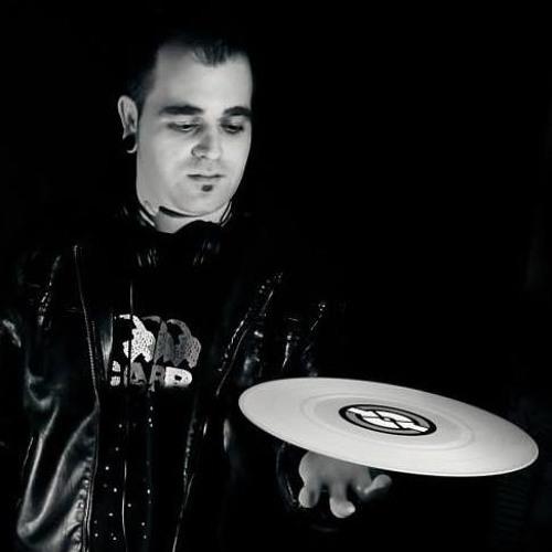 sergio villazon's avatar