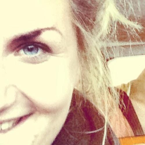 DaliaMunck's avatar