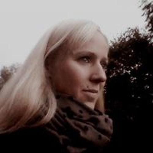 Eva Middendorf's avatar