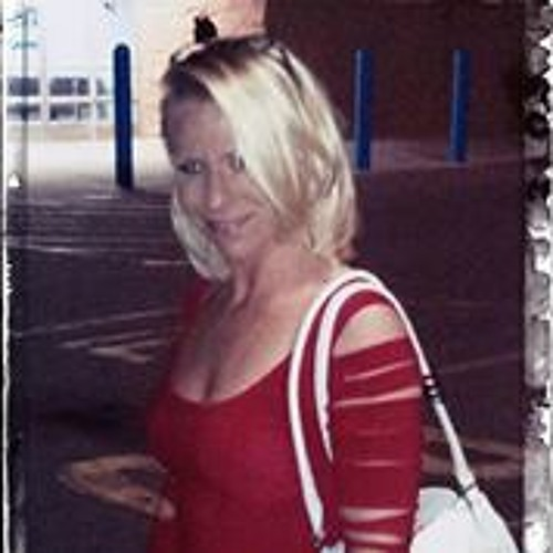 Lyndsay Brooke Long Short's avatar