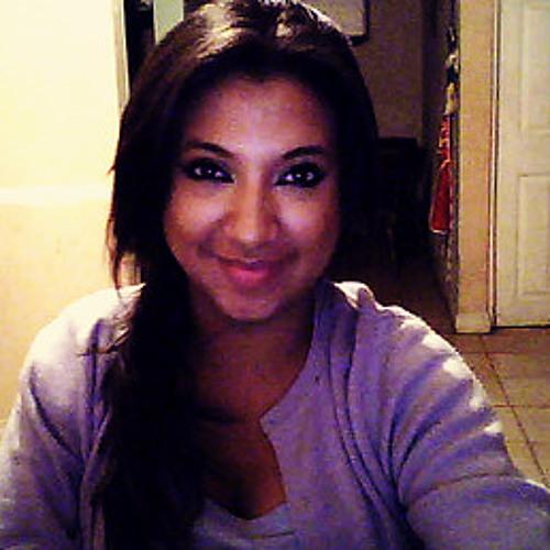 Karlitamendoza@@'s avatar