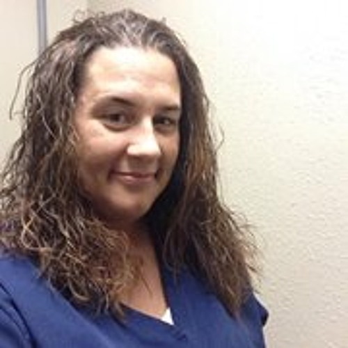 Lori Sikora's avatar