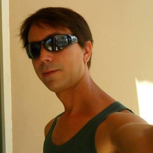 Talles Vargas's avatar