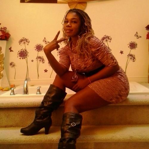 bella_lolita's avatar