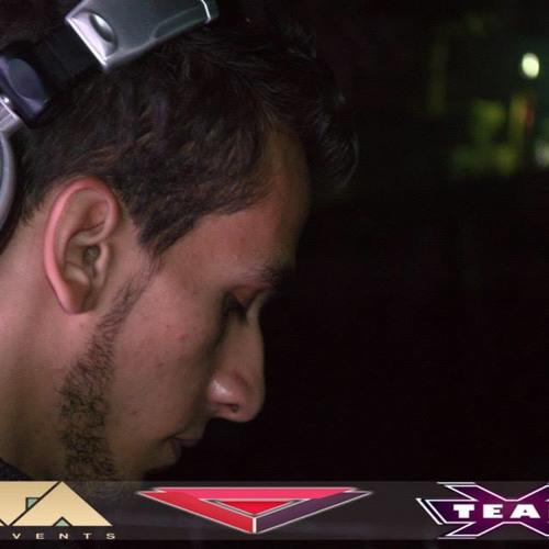 Dj Totti's avatar