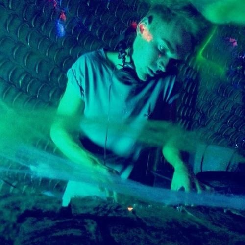 DJ LiamCuthbert's avatar