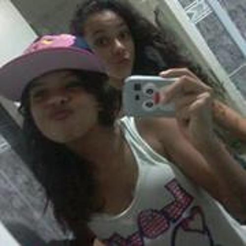 Larissa Rodrigues 96's avatar