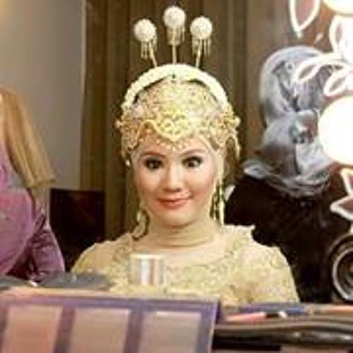 Adelia Prawiroatmodjo's avatar