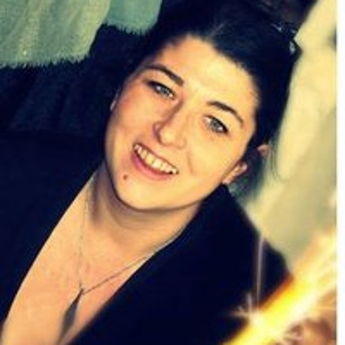 Axelle Armstrong's avatar