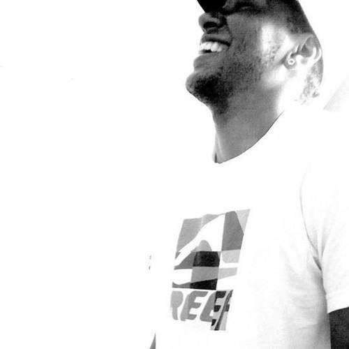 Luiz Henrique Napoleão's avatar