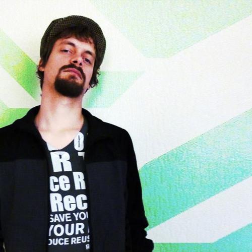 Kris Omen's avatar